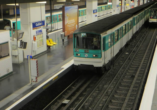 Paris Metro Train